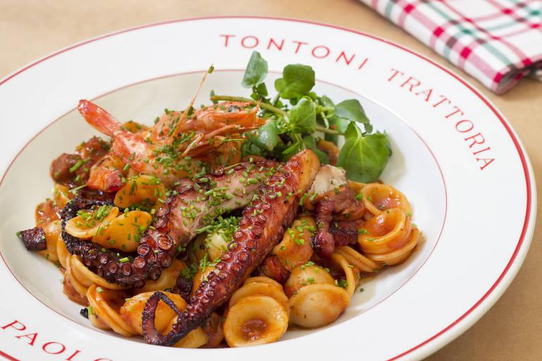 Oricchiette com frutos do mar servido no TonToni, restaurante nos Jardins que flerta com o norte da Itália