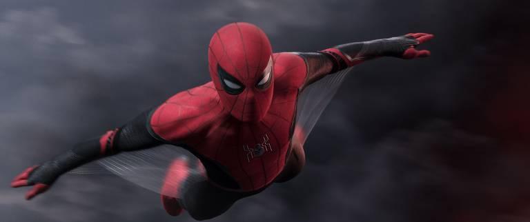 """Tom Holland em """"Homem-Aranha: Longe de Casa"""""""