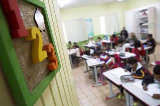 Alunos da Escola Municipal Olívia dos Santos Feierabend