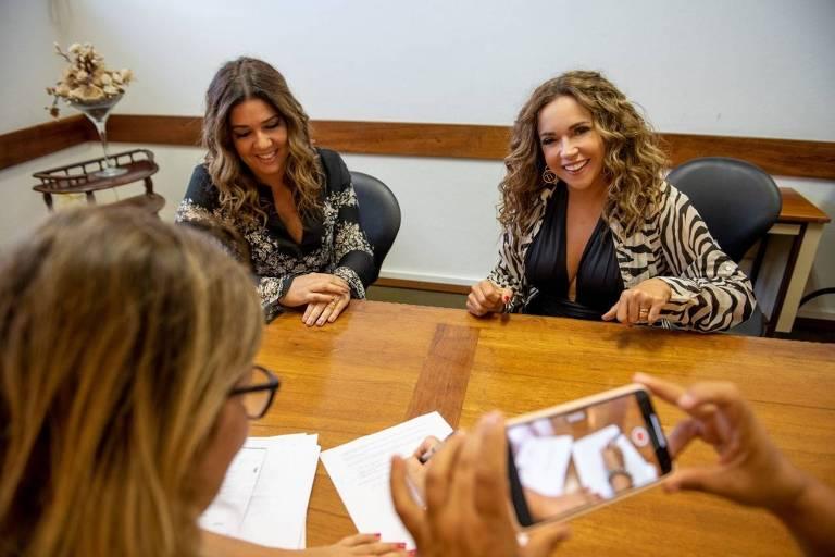 Daniela Mercury e Malu Verçosa se casam nos Açores