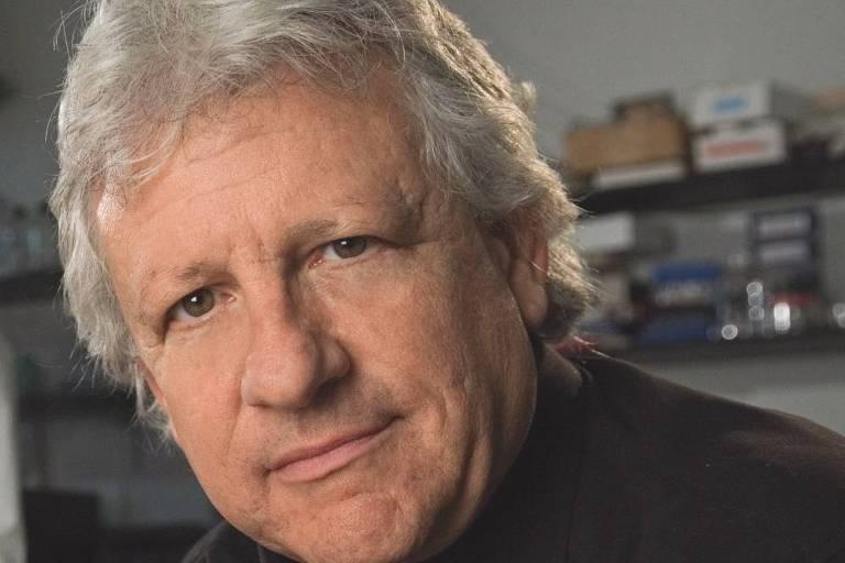 O biólogo Stuart Firestein, professor da Universidade Columbia, nos EUA