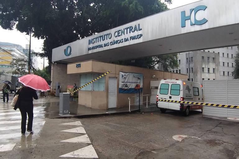 Entrada do pronto-socorro do Hospital das Clínicas, na zona oeste de São Paulo