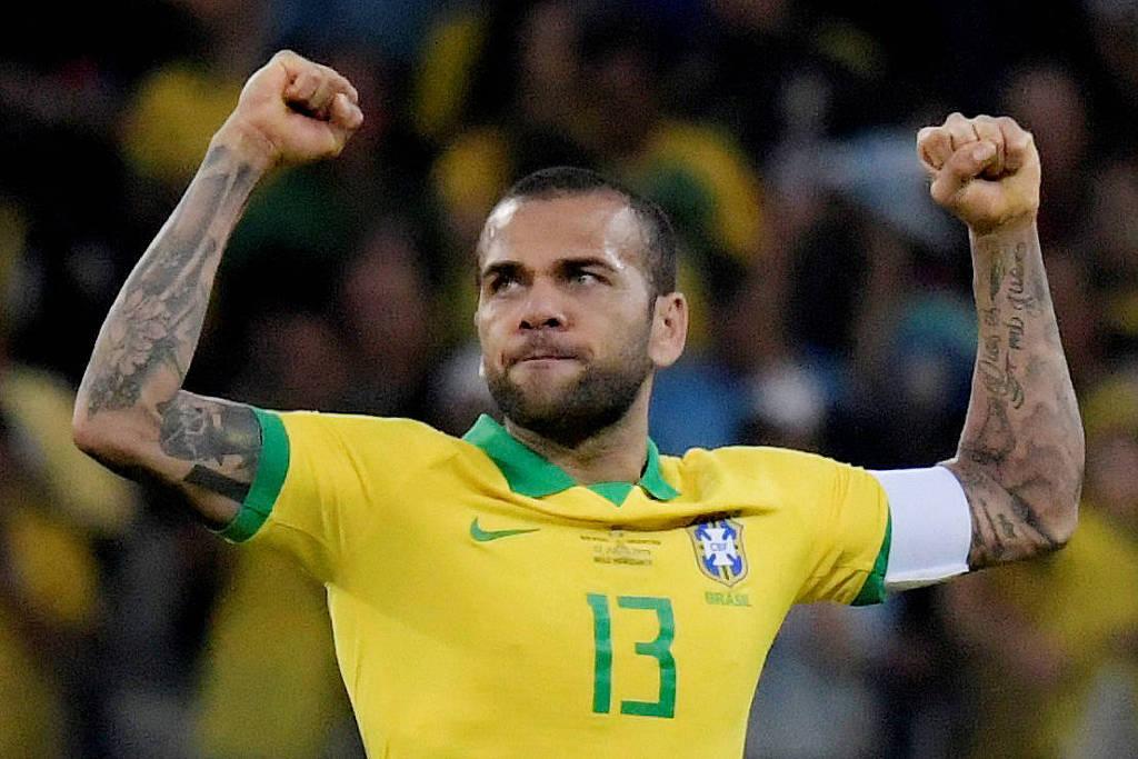 PSG ajudou seleção a ter melhor Daniel Alves na Copa América - 05 ...