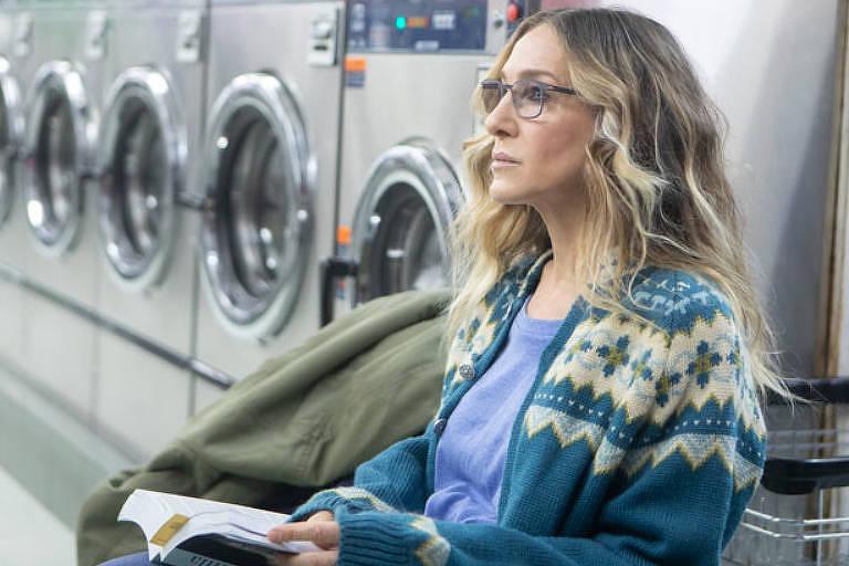 """Sarah Jessica Parker em cena da série """"Divorce"""""""