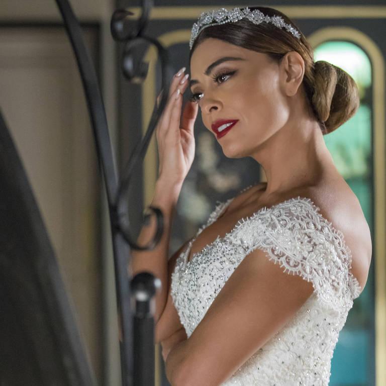 Maria da Par (Juliana Paes) vestida de noiva em 'A Dona do Pedaço' (Globo)