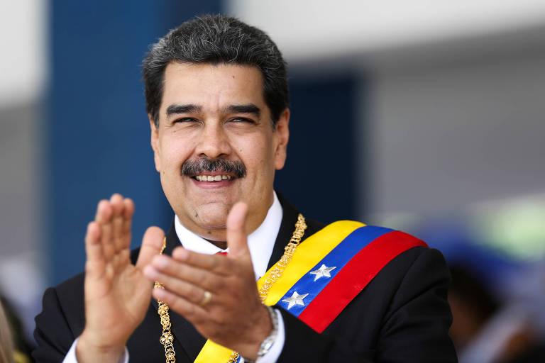 O presidente da Venezuela, Nicolás Maduro, durante parada militar em Caracas