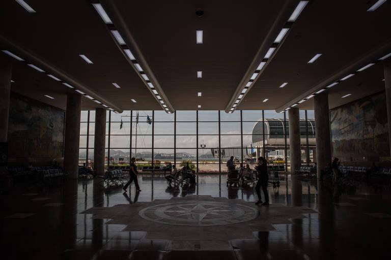 Mercado de aviação segue em alerta com tensão entre Santos Dumont e Galeão
