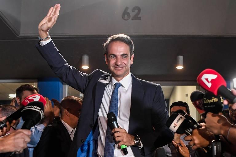 Conservador vence eleições na Grécia e tira esquerda do poder