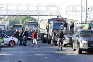 Operação policial no Complexo da Maré, no Rio de Janeiro