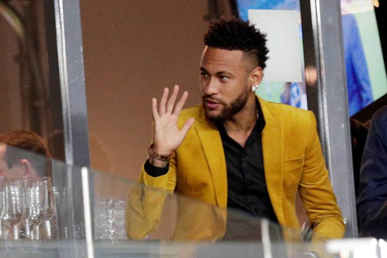O atacante Neymar durante a partida entre Brasil e Argentina nesta Copa América