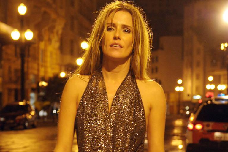 Deborah Secco diz que perdeu dinheiro com 'Bruna Surfistinha'