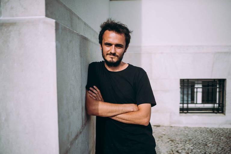 O português Miguel Duarte, 26, que ajudou a resgatar migrantes e pode enfrentar 20 anos de prisão na Itália