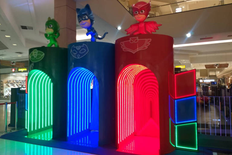 Espaço inspirado no desenho animado PJ Masks, no Shopping União de Osasco, na Grande São Paulo