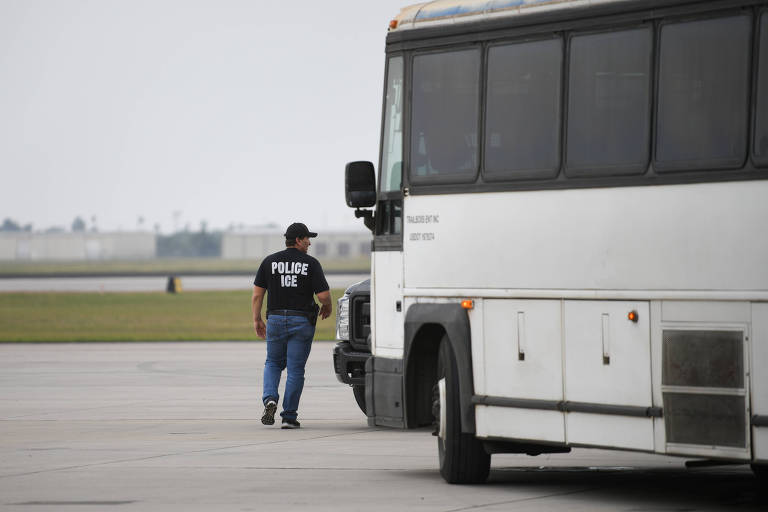 Agente da polícia de imigração no Texas