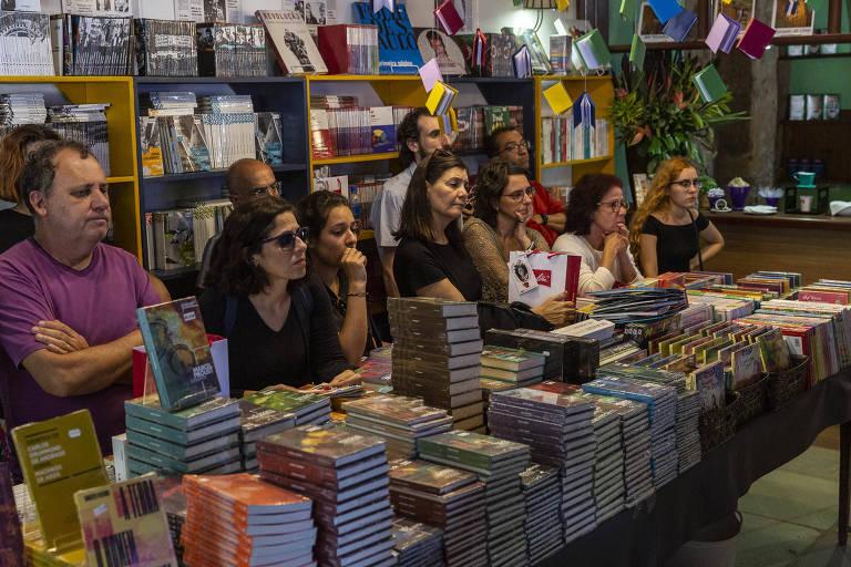 Segundo dia de Flip tem mesa com Adriana Calcanhotto, Nuno Grande e Guilherme Wisnik