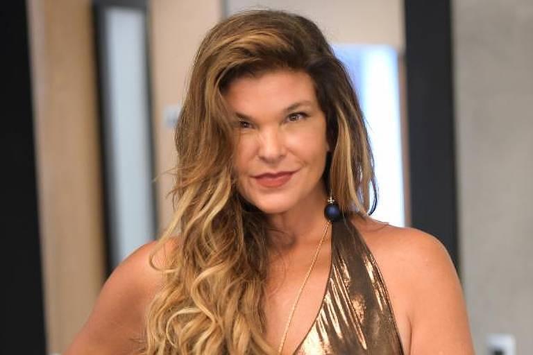 """A atriz Cristiana Oliveira vive a personagem Lara em """"Topíssima"""""""