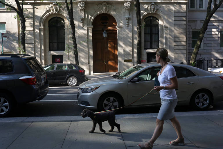 The home of Jeffrey Epstein, who was arrested Saturday on sex trafficking charges, in Manhattan, July 7, 2019. Even after his 2008 guilty plea in a prostitution case in Florida, he promoted himself as a financial wizard who used arcane mathematical models. Much of that appears to be an illusion. (Yana Paskova/The New York Times)
