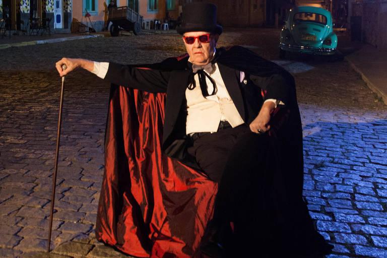 Conde Vlad; Ney Latorraca na série Cine Hollyúdi