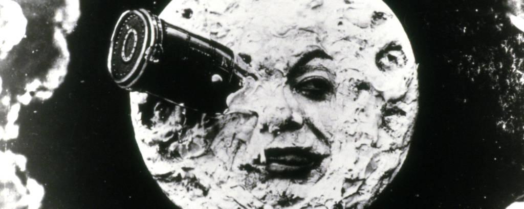 canhão no olho da lua