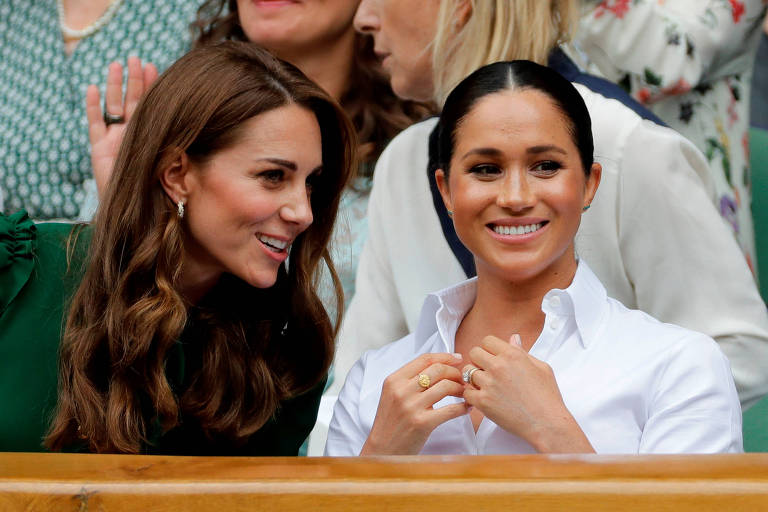 Kate e Meghan acompanham a final feminina de Wimbledon, no sábado (13)