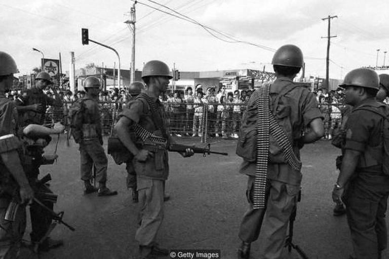 A Revolução do Poder Popular derrubou o então presidente Ferdinand Marcos do poder nas Filipinas