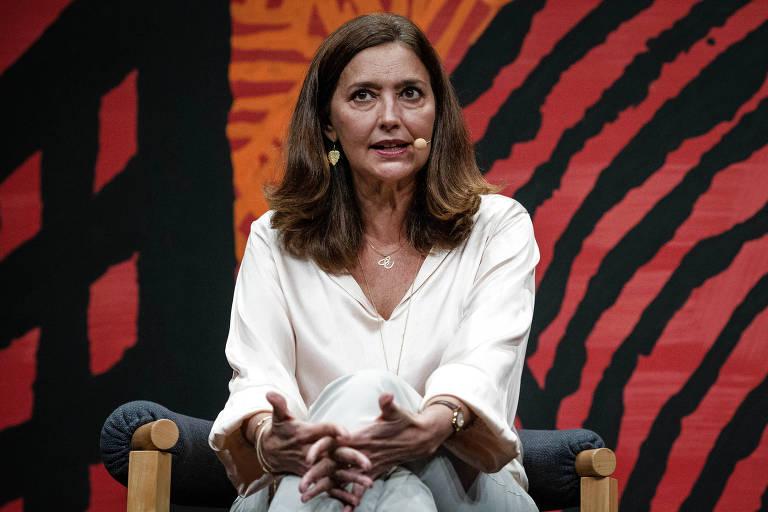 Cristina Serra, durante mesa da Flip, em 2019