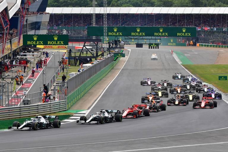 Da Mercedes, Valtteri Bottas liderou parte da corrida, disputando a liderança com seu colega de escuderia, Lewis Hamilton, que acabou vencendo o GP da Inglaterra