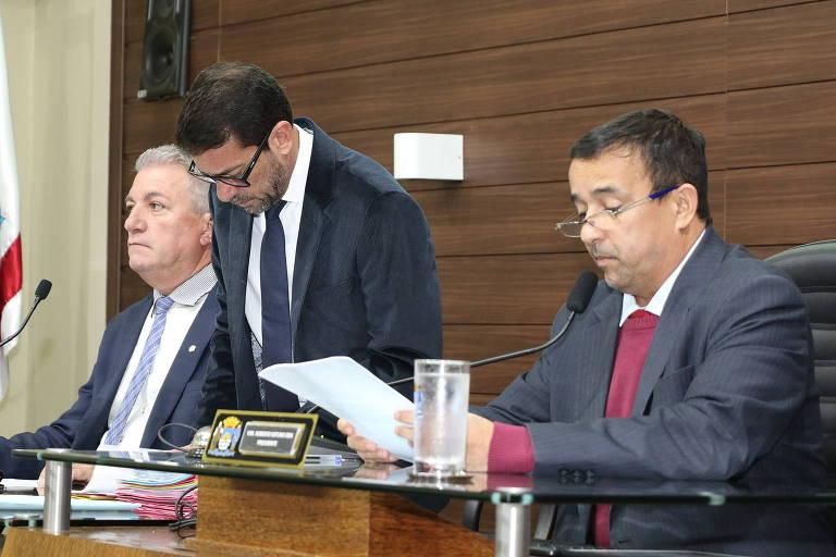 Em 26 segundos, Câmara de Florianópolis aprova vale-alimentação para vereadores