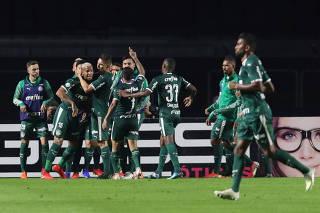 Brasileiro Championship - Sao Paulo v Palmeiras