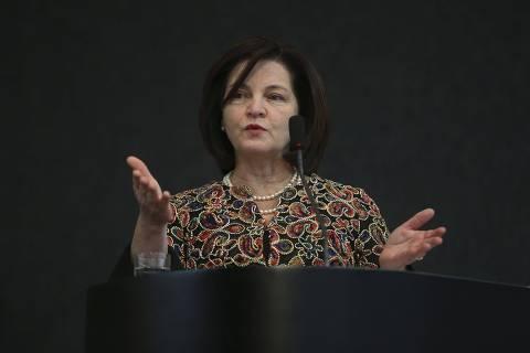 Bolsonaro diz que indicação de procurador-geral vai surpreender