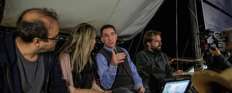 PARATY, RJ, BRASIL, 12-07-2019: O jornalista Glenn Greenwald, do The Intercept, durante mesa no barco ao Barco Pirata, na Flipei, em Paraty, no estado do Rio de Janeiro. (Foto: Eduardo Anizelli/ Folhapress, ILUSTRADA) ***EXCLUSIVO***