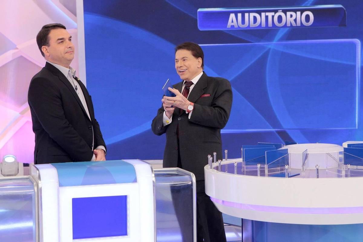 Resultado de imagem para Senadores usam verba pública para viajar a SP e gravar com Silvio Santos
