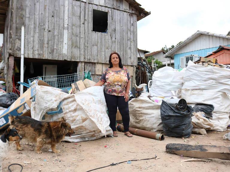 Valdeci Rodrigues, 56, reformou sua casa com empréstimo de microcrédito do Banco da Família