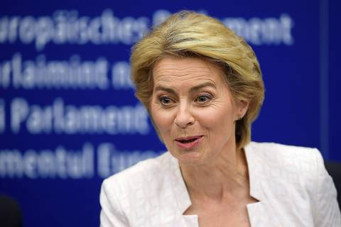 Newly elected European Commission President Ursula von der Leyen speaks as she attends a news conference after a vote on her election at the European Parliament in Strasbourg, eastern France on July 16, 2019. - German defence minister Ursula von der Leyen was narrowly elected president of the European Commission on July 16, after winning over sceptical lawmakers. The 60-year-old conservative was nominated to become the first woman in Brussels' top job last month by the leaders of the bloc's 28 member states, to the annoyance of many MEPs. (Photo by FREDERICK FLORIN / AFP) ORG XMIT: FFL8691