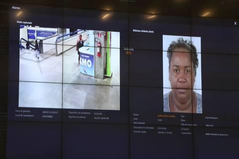 Sistema de reconhecimento facial do governo da Bahia flagra primeira foragida em estação rodoviária