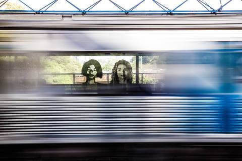São Paulo, SP, Brasil, 19-09-2018: Retratos de Alex Flemming, na Estação Sumaré do Metrô. (Foto: Alberto Rocha/Folhapress)