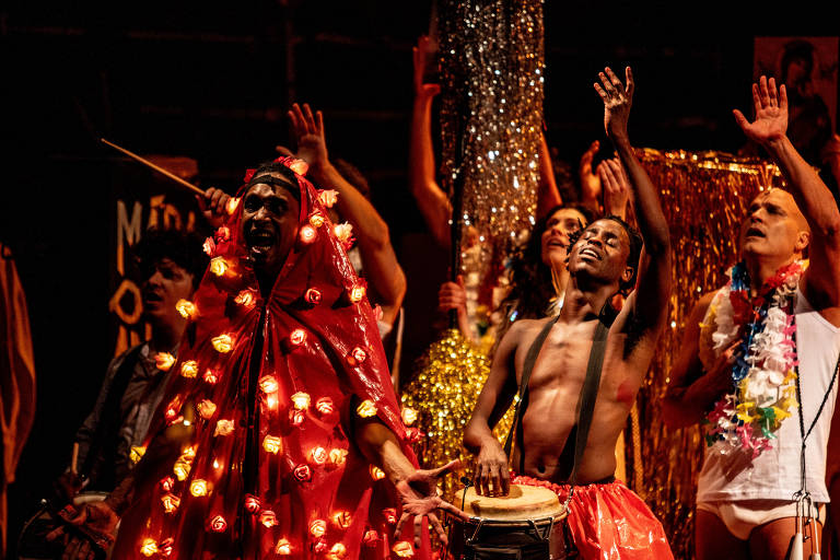 Veja cenas do musical 'Macunaíma', da produtora Andréa Alves, com direção de Bia Lessa