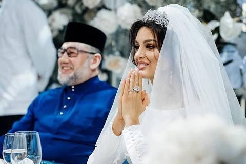 O rei Mohammed V de Kelantan se casou com Rihana Oksana, ex-modelo russa, em Moscou em novembro de 2018. Crédito: Rihana Oksana no Instagram