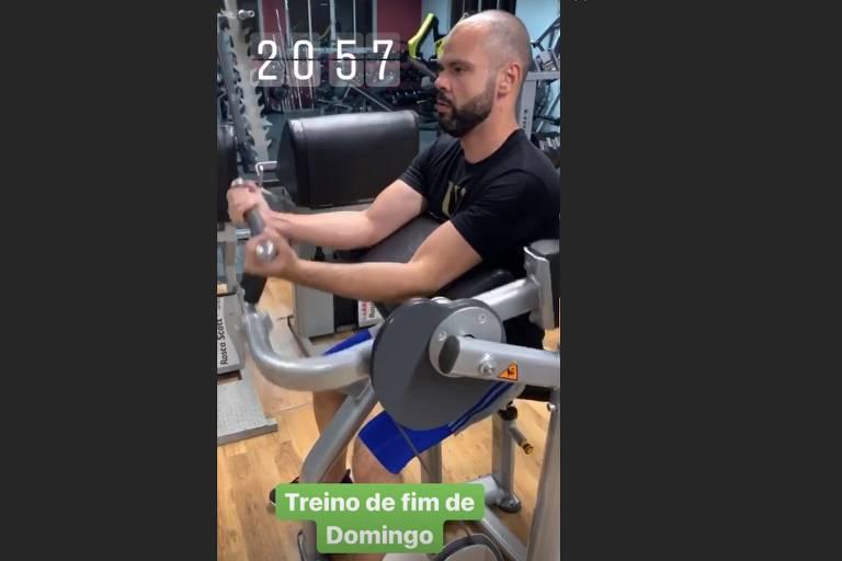 Prefeito Bruno Covas (PSDB) malha em foto postada em rede social