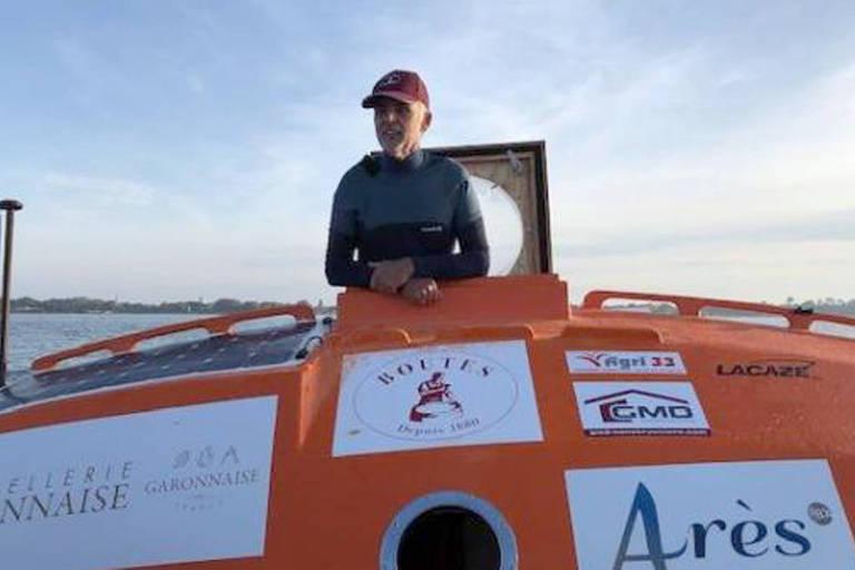 Jean-Jacques Savin, 72, cruzou o oceano a bordo de um tonel com área de 6 metros quadrados