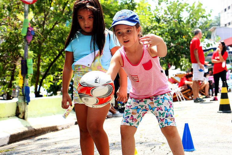 A Escola Ativa garante que todas as crianças e adolescentes tenham assegurado o direito a uma educação que faz conectar corpo e mente