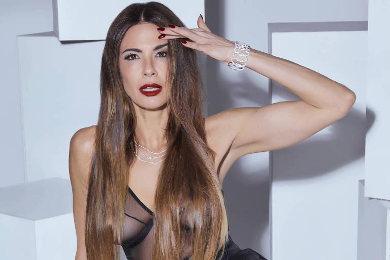 Luciana Gimenez na revista Quem