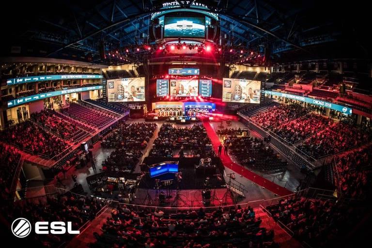 Intel promove final de Counter-Strike com prêmio milionário. Time brasileiro batalha com estrangeiros em Chicago no Intel Extreme Masters.