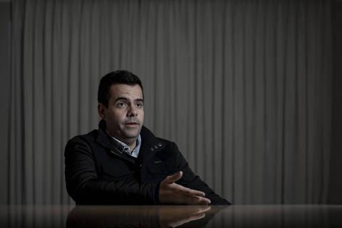 Substituto de Eduardo Bolsonaro, médico foi barrado por nova regra eleitoral