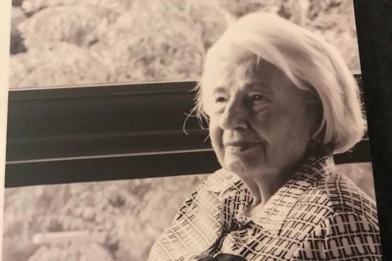 A escultora Odette Eid morreu no sábado (13).
