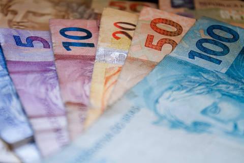 SÃO PAULO, SP, BRASIL 18.09.2018 Notas de dinheiro no valor de 100, 50, 20, 10 e 5 reais (Foto: Adriana Toffetti/A7 Press/Folhapress)