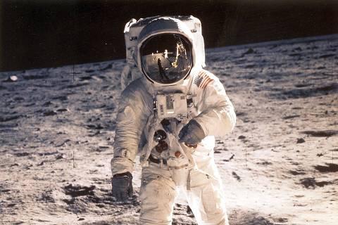 Meio século atrás, a humanidade pisava na Lua pela 1ª vez