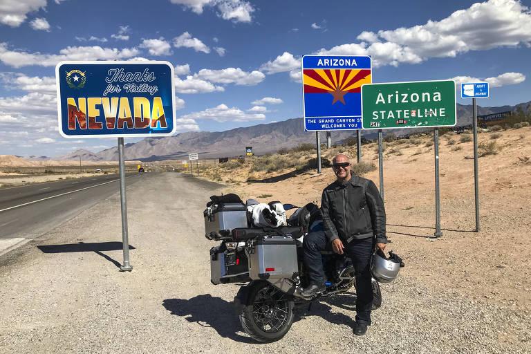 Ciro na divisa dos estados de Nevada e Arizona, em uma viagem que fez para o estado de Wyoming em setembro de 2018