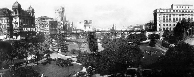 Vista do vale do Anhangabaú na década de 1930, a 'sala de visitas da cidade' na época