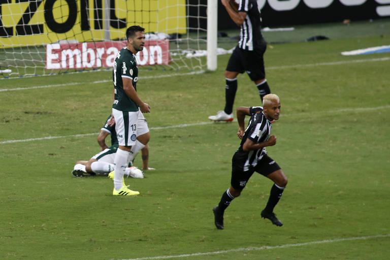 Matheus Gonçalves comemora após fazer o 1º gol do Ceará contra o Palmeiras